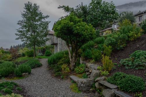 Garden path small