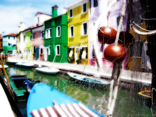 One can also photograph other things on Burano, such as nets for examble.