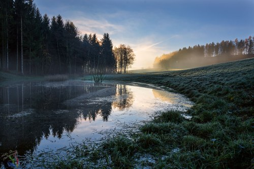 Neukirchen, lake, pond, reflection, dawn, sunrise, Bayern, Notis Stamos, fog